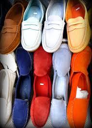 Sono molti i trend che domineranno la prossima stagione Primavera Estate in  tema di calzature maschili c2063072286